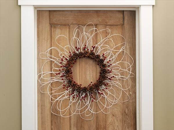 diy recycled simple and nice bike wheel wreath style