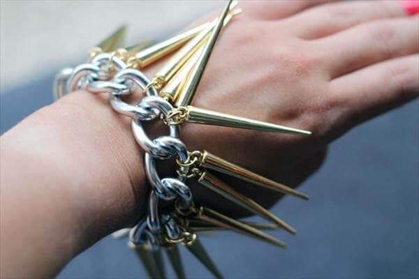 diy metal chain and spikes bracelet