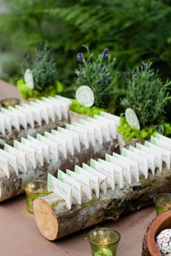 diy old wood log wedding card display