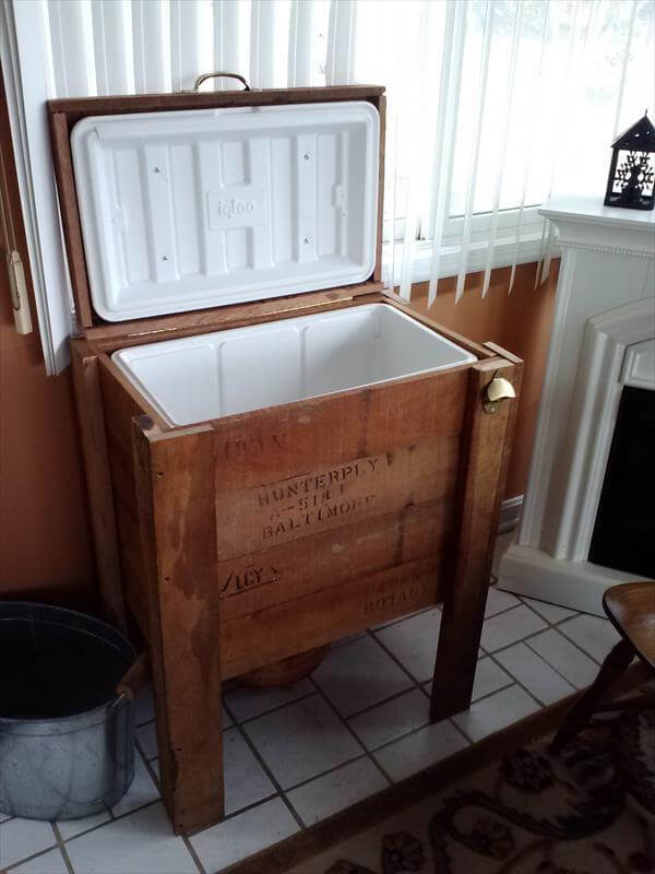 diy out door wooden cooler stand