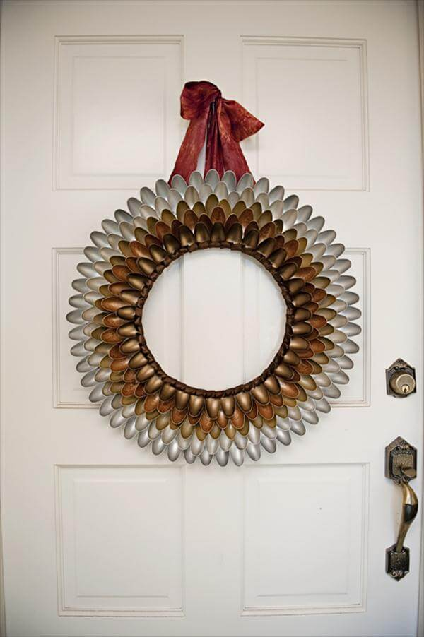 recycled plastic spoon wreath