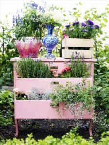 diy recycled dresser planter