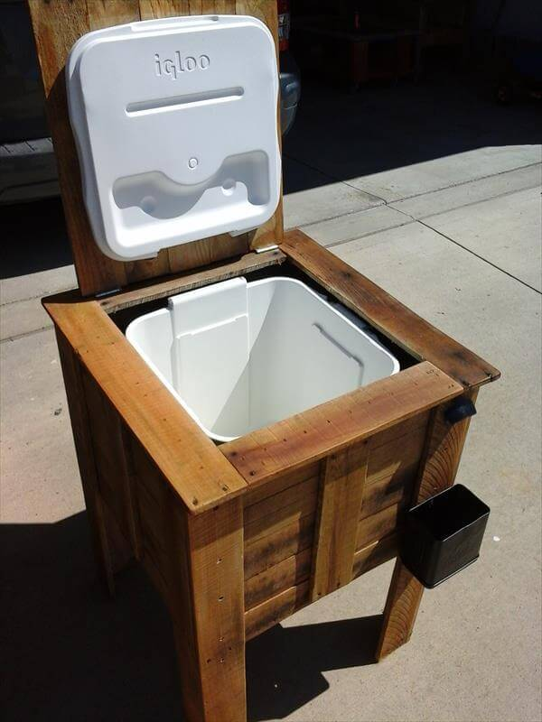 diy recycled out door cooler stand box