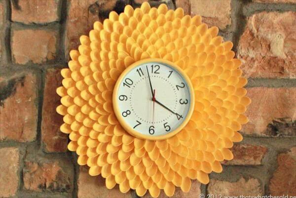 diy plastic spoon flower wall clock