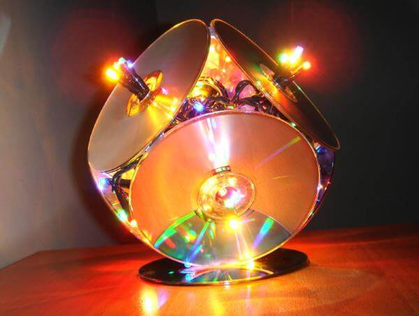 DIY recycled cd lights for decor idea