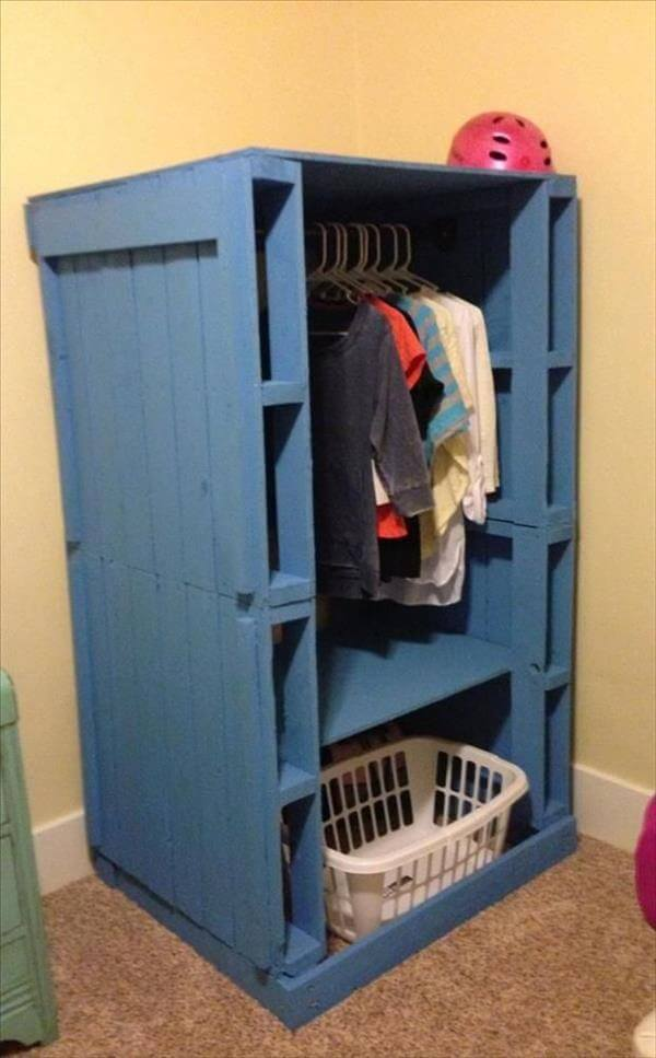 blue painted pallet wardrobe
